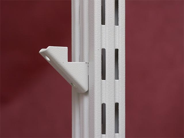 Монтаже металлоконструкций стеллажей различных типов.  Стеллажи могут быть разных видов стационарными исборка...